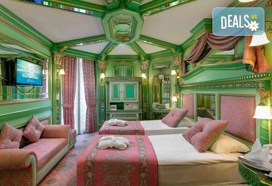 Бляскава Нова година в Анталия, Турция! Самолетен билет, 4 нощувки All Inclusive в Club Hotel Sera 5*, багаж, летищни такси, трансфери - Снимка 3