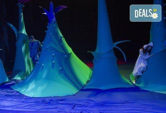Гледайте с децата в края на декември мюзикъла Питър Пан в Театър София на 29.12., от 11 ч., билет за двама! - Снимка 7