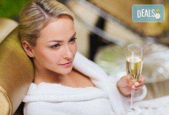 СПА пакет за Нея - ароматерапевтичен масаж на цяло тяло, масаж на лице + чаша вино в масажно студио Спавел! - Снимка 4