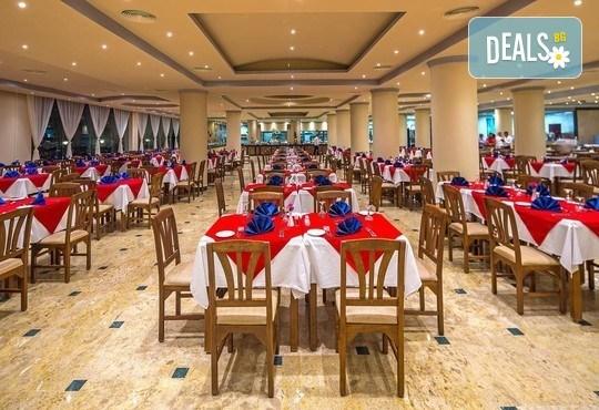 Ранни записвания за почивка в Египет през 2020-та! 7 нощувки All Inclusive в Hawaii Riviera Club Aqua Park 4*,, самолетен билет с директен чартърен полет и трансфери - Снимка 12
