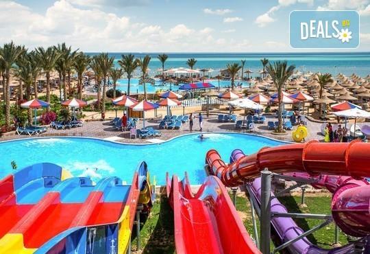 Ранни записвания за почивка в Египет през 2020-та! 7 нощувки All Inclusive в Hawaii Riviera Club Aqua Park 4*,, самолетен билет с директен чартърен полет и трансфери - Снимка 10