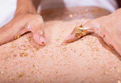 Подарете с любов! SPA масаж със златни частици, златна маска или терапия с вулканични камъни в SPA център Senses Massage & Recreation! - Снимка
