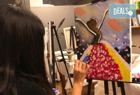 3 часа рисуване с напътствията на професионален художник + чаша вино и минерална вода в Арт ателие Багри и вино! - Снимка 2