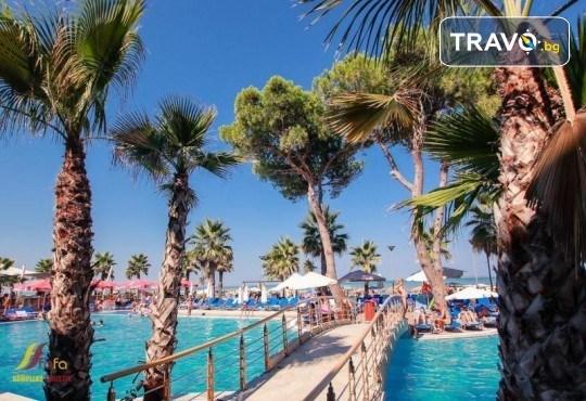 Посрещнете Нова година 2020 в хотел Fafa Premium Resort 4*, Албания, с АБВ Травелс! 3 нощувки, 3 закуски и 2 вечери, транспорт и програма в Дуръс, Скопие и Охрид! - Снимка 4