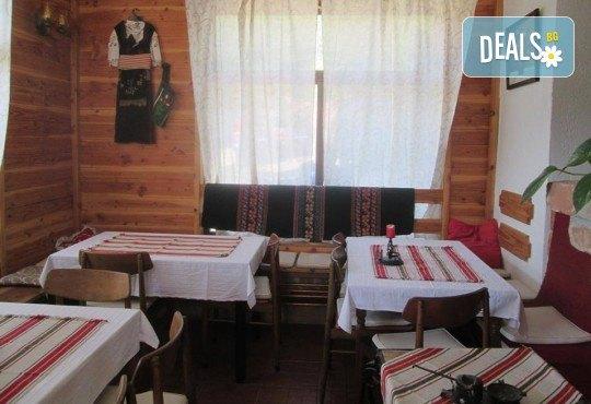 Нова година в сръбски стил! 1 нощувка със закуска и празнична вечеря с жива музика и неограничен алкохол в Сокобаня, транспорт и представител на Arkain Tour! - Снимка 6