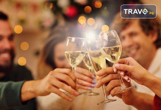 Нова година в сръбски стил! 1 нощувка със закуска и празнична вечеря с жива музика и неограничен алкохол в Сокобаня, транспорт и представител на Arkain Tour! - Снимка 1