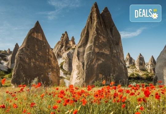 Ранни записвания за екскурзия през пролетта до Кападокия! 5 нощувки със закуски, транспорт, водач, посещение на Анкара, Коня и Бурса - Снимка 2
