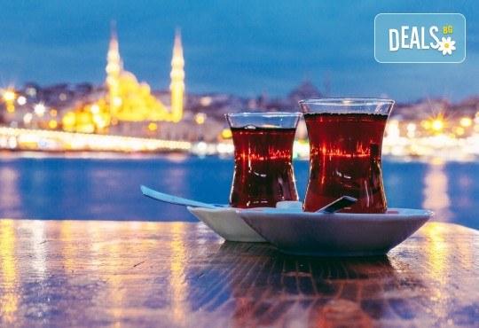 Нова година в Истанбул! Yaztur Hotel 3*: 3 нощувки, 3 закуски, Новогодишна Гала вечеря в Гар Вариете, транспорт! На супер цена до изчерпване на местата! - Снимка 10
