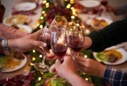 Коледно меню за 10 гости с капама с 3 вида месо и суджук, салати, туршия и катми с мед и орехи от кулинарна работилница Деличи! - Снимка