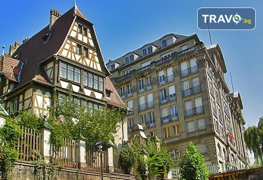 Екскурзия до Париж през Швейцария с България Травел! 7 нощувки със закуски, транспорт и Прага, Париж, Страсбург, Женева, Монтрьо, Милано - Снимка 3