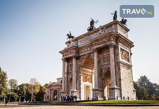 Шопинг в най-известните аутлети в цяла Италия с Mira Travel! 3 нощувки и закуски в хотел 4*, самолетни билети и летищни такси, трансфери до шопинг центровете - Снимка 11