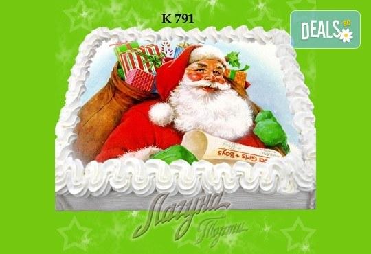 Празнична сладост! Коледна детска торта с картинка по избор и превъзходен вкус от Виенски салон Лагуна! - Снимка 3