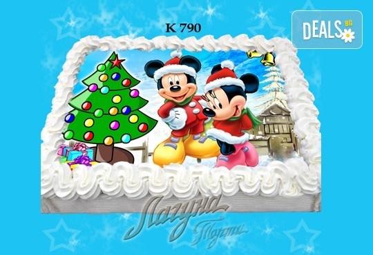 Празнична сладост! Коледна детска торта с картинка по избор и превъзходен вкус от Виенски салон Лагуна! - Снимка 5