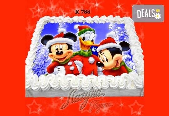 Празнична сладост! Коледна детска торта с картинка по избор и превъзходен вкус от Виенски салон Лагуна! - Снимка 9