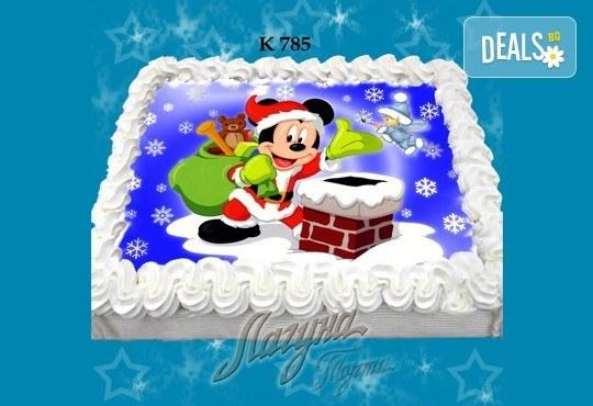 Празнична сладост! Коледна детска торта с картинка по избор и превъзходен вкус от Виенски салон Лагуна! - Снимка 12