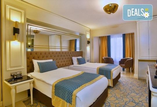Last minute! Нова година в Истанбул с Дениз Травел! 3 нощувки със закуски в Beethoven Hotel İstanbul4*, възможност за транспорт - Снимка 3