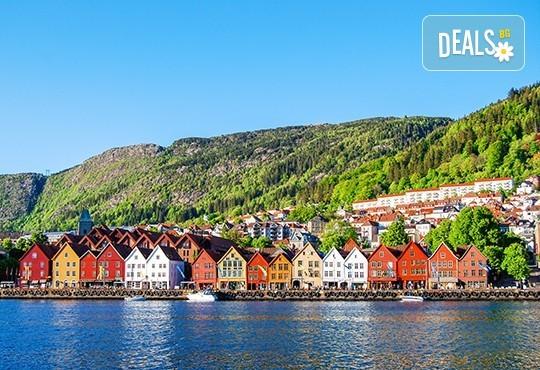 Вижте магията на Скандинавия с България Травъл! Екскурзия до Швеция, Норвегия, Дания: 7 нощувки със закуски, самолетни билети, транспорт с автобус, водач - Снимка 2