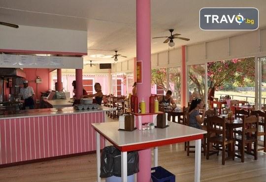 Ранни записвания за Великден в Pink Palace Beach Resort на о. Корфу! 4 нощувки със закуски и вечери, транспорт и водач от Далла Турс - Снимка 10