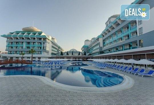 Ранни записвания за лято 2020 в Анталия! 7 нощувки на база Ultra all Inclusive в хотел Sensitive Premium Resort & Spa 5*, Белек, възможност за транспорт - Снимка 3