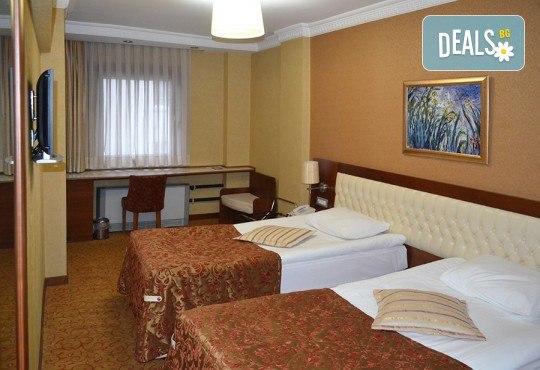 Last minute! Нова година в Истанбул на супер цена! 2 нощувки със закуски в Hotel Yüksel 3*, транспорт и посещение на мол Ераста в Одрин! - Снимка 12