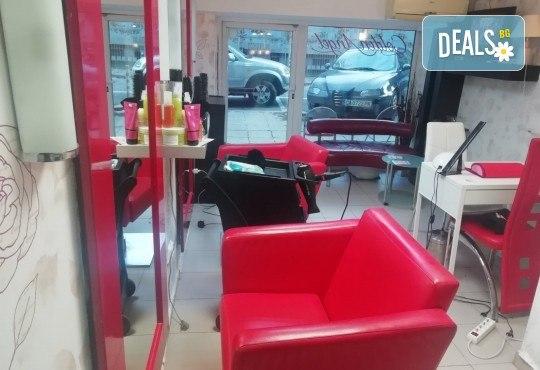 Боядисване с професионалните бои на Alfaparf Milano, подстригване на връхчетата, маска, кристали и прическа със сешоар в салон Golden Angel, до НДК! - Снимка 5