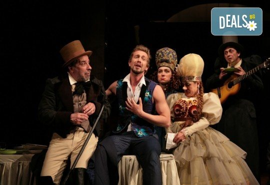 Гледайте Калин Врачански и Мария Сапунджиева в комедията Ревизор на 25.01. от 19 ч., в Театър ''София'', билет за един! - Снимка 2