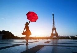 Подарете си за 8 март самолетна екскурзия до Париж, полет от Варна! 3 нощувки със закуски в хотел 3*, билет, трансфер и летищни такси, от Дари Травел! - Снимка