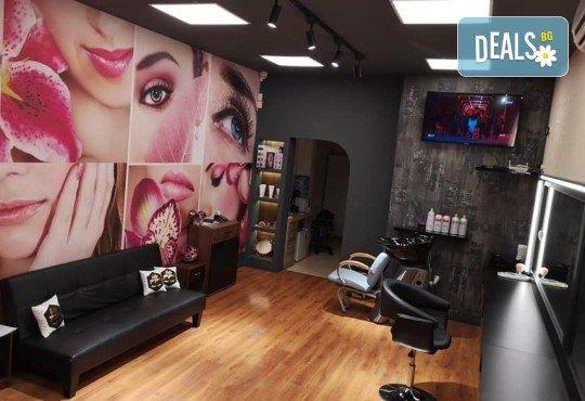 Безиглена мезотерапия и диамантено микродермабразио с Academy и Glory в Студио за красота Beauty Star до Mall of Sofia! - Снимка 7