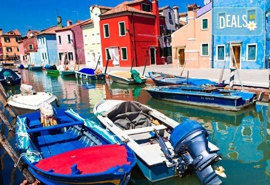За Свети Валентин - на карнавал във Венеция, Италия, с Абела Тур! 3 нощувки със закуски, самолетен билет и летищни такси, индивидуално пътуване - Снимка 8