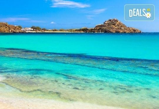 Почивка на остров Миконос - перлата на Цикладите! 4 нощувки със закуски, самолетен билет, салонен багаж и трансфер - Снимка 3