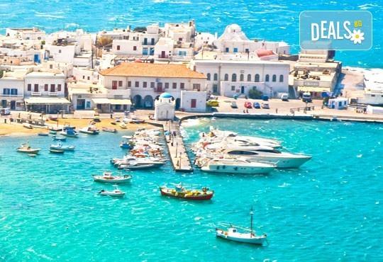 Почивка на остров Миконос - перлата на Цикладите! 4 нощувки със закуски, самолетен билет, салонен багаж и трансфер - Снимка 8