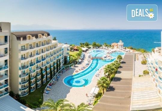 Ранни записвания за Лято 2020 в Кушадасъ, с BELPREGO Travel! Почивка в Sealight Beach Resort 5*: 7 нощувки Ultra All Inclusive, възможност за транспорт - Снимка 4