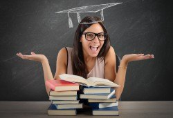 Развийте езиковите си умения с курс по разговорен английски език с включени учебни материали от Школа БЕЛ - Снимка