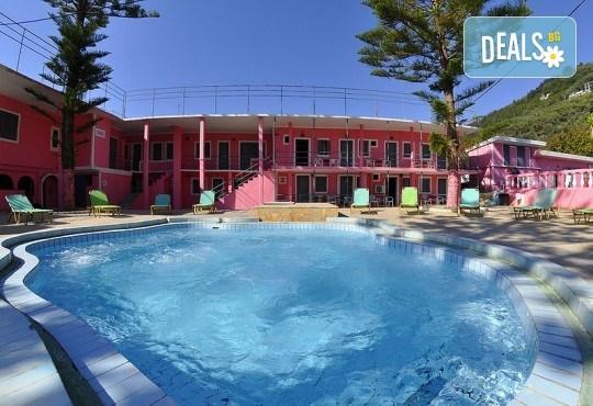 Ранни записвания за почивка на остров Корфу! 4 нощувки със закуски и вечери в Pink Palace Beach Resort, транспорт и водач от Далла Турс - Снимка 7