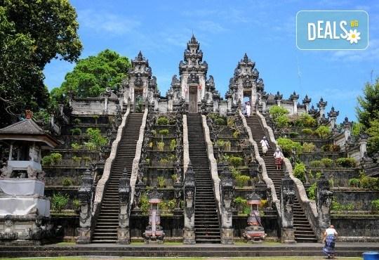 Ранни записвания на топ цена! Почивка на остров Бали със 7 нощувки и закуски, самолетен билет и летищни такси, трансфери + бонус: 90-минутен масаж - Снимка 5
