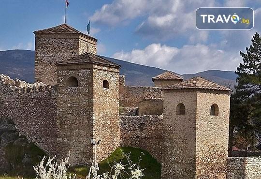 Еднодневна екскурзия до фестивала на пегланата колбасица в Пирот! Транспорт, екскурзовод и панорамна обиколка на Ниш - Снимка 2