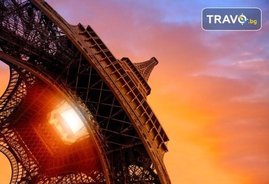 Самолетна екскурзия до града на романтиката - Париж! 3 или 4 нощувки със закуски, самолетен билет и ръчен багаж - Снимка 2