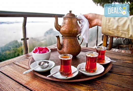 Зимна магия в Истанбул! 2 нощувки със закуски в Hotel Prens, транспорт и екскурзоводско обслужване - Снимка 1