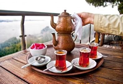 Зимна магия в Истанбул! 2 нощувки със закуски в Hotel Prens, транспорт и екскурзоводско обслужване - Снимка