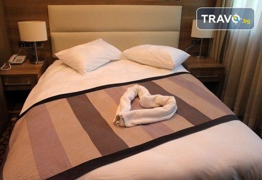 Зимна магия в Истанбул! 2 нощувки със закуски в Hotel Prens, транспорт и екскурзоводско обслужване - Снимка 7