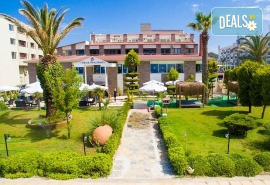Ранни записвания за почивка в хотел Buyuk Berk 4*, Айвалък, Турция, със Запрянов Травел! ! 7 нощувки на база All Inclusive, възможност за транспорт - Снимка 2