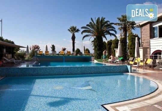 Ранни записвания за почивка в хотел Buyuk Berk 4*, Айвалък, Турция, със Запрянов Травел! ! 7 нощувки на база All Inclusive, възможност за транспорт - Снимка 8