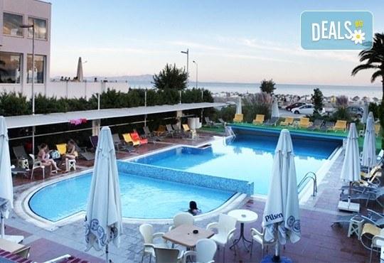 Ранни записвания за почивка в хотел Buyuk Berk 4*, Айвалък, Турция, със Запрянов Травел! ! 7 нощувки на база All Inclusive, възможност за транспорт - Снимка 1
