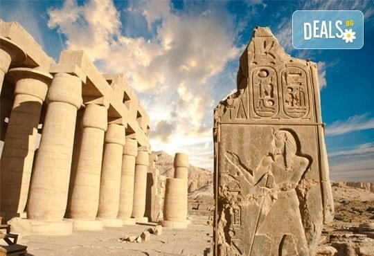 Екзотика и лукс в Египет! 6 нощувки със закуски и вечери в Хургада, 1 нощувка със закуска и вечеря в Кайро, обяд на кораб, самолетен билет и летищни такси - Снимка 9