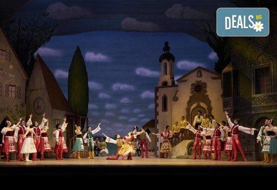 Ексклузивно в Кино Арена! Гледайте балета  Копелия, спектакъл на Кралската опера в Лондон, на 25.01. и 26.01. в кината в София и страната - Снимка 4