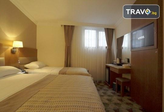 Фестивал на лалето в Истанбул през април! 2 нощувки със закуски в хотел 3*, транспорт, водач и посещение на Одрин - Снимка 10