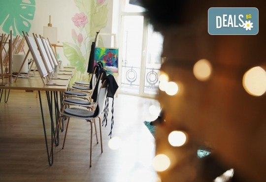 Рисуване на картина Приключения с акрил на 22.01. от 18.30ч. с напътствията на професионален художник и чаша вино от Fishu.Art - Снимка 10