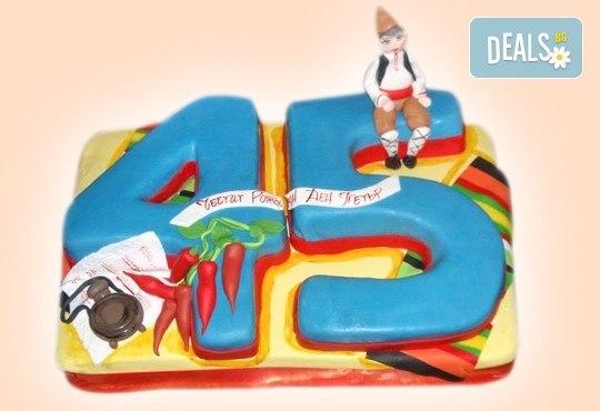 С цифри! Изкушаващо вкусна бутикова АРТ торта с цифри и размер по избор от Сладкарница Джорджо Джани - Снимка 1