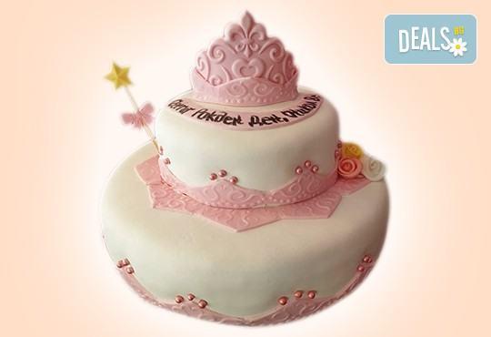 С доставка през април, май и юни! За момичета: красиви 3D торти за момичета с принцеси и приказни феи + ръчно моделирана декорация от Сладкарница Джорджо Джани - Снимка 81
