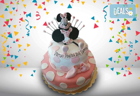 С доставка през април, май и юни! За момичета: красиви 3D торти за момичета с принцеси и приказни феи + ръчно моделирана декорация от Сладкарница Джорджо Джани - Снимка 75